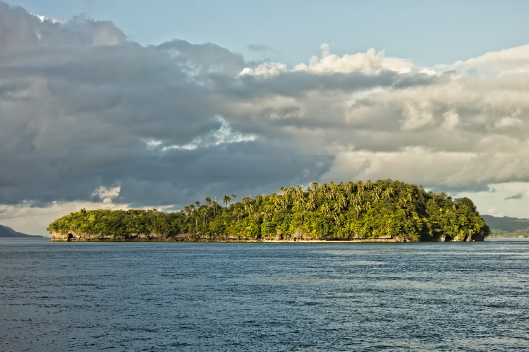 Mioskon Photo Image Gallery - Dampier Strait, Raja Ampat_8