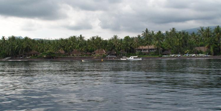 Scuba Seraya and Vila Markisa from the sea