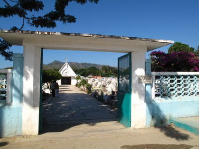 Timor Leste Overview and History - Dili's Santa Cruz cemetary
