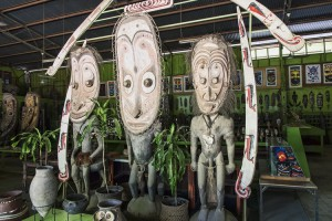 Guide to Diving Port Moresby - Traditional artifacts at PNG Arts