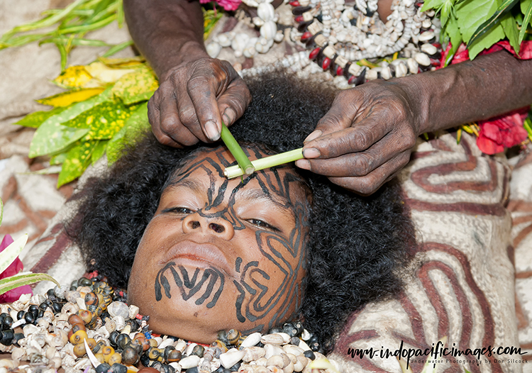 Facial Tattoos of Oro Province